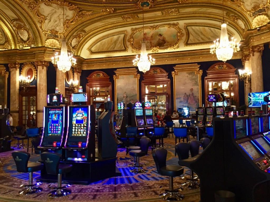 Restaurants near the casino in monte carlo casino gambling in lasvegas