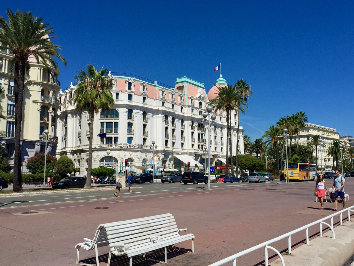 Promenade des Anglais in Nice (Walkway of the English), French Riviera