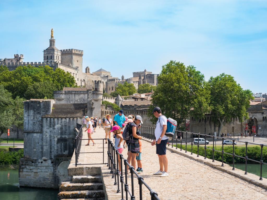 The bridge in Avignon